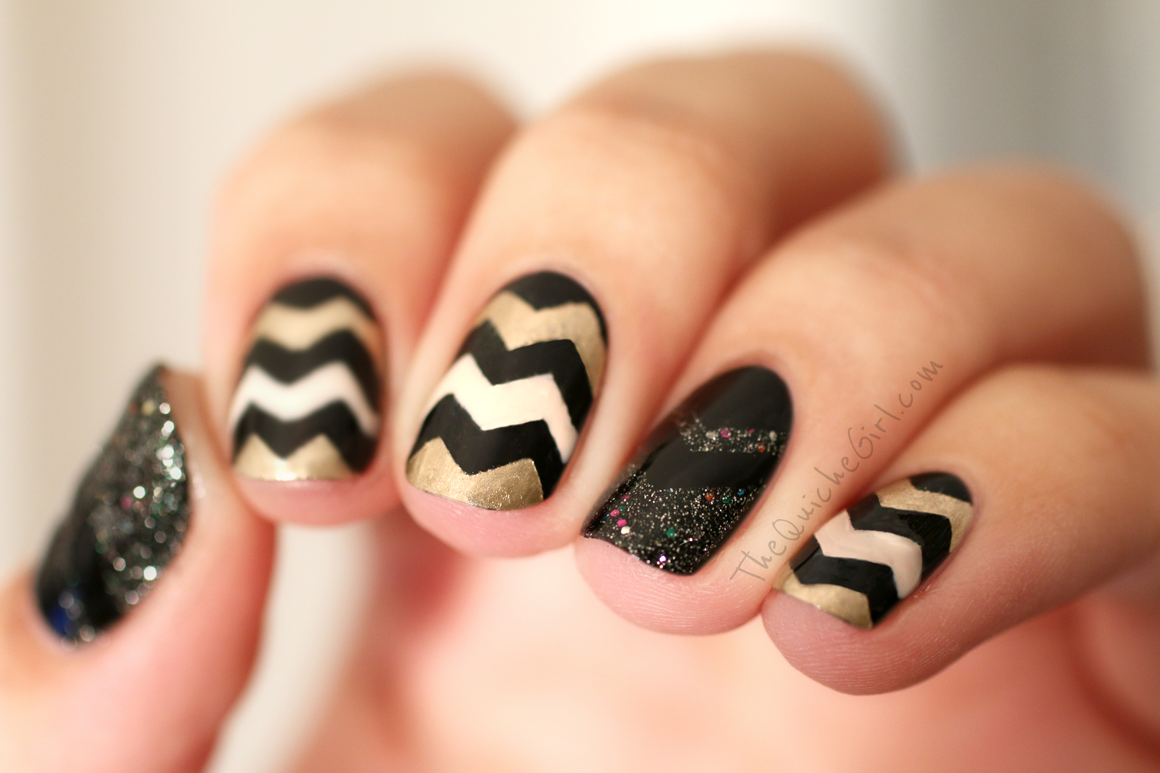 NCLA, Essie, Chevrons, or, nouvel an, QuicheGirl